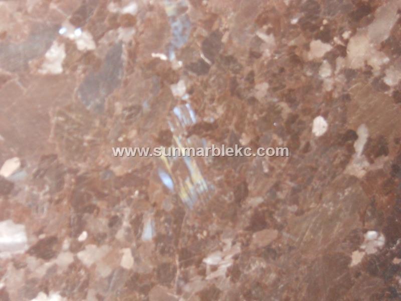 1310021 Antique Brown121x73 Close Up